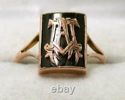 1930's Vintage Lovely 9 carat Rose Gold And Black Enamel Initial Signet Ring