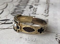 Antique yellow gold And Black Enamel Mourning Ring Set With Natural Pearls