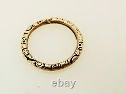 Chased High Carat Gold Black Enamel Ornate Split Ring