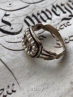 Antique 1825 Black Enamel Gold Georgain Maurning Ring Set Avec Perles Naturelles