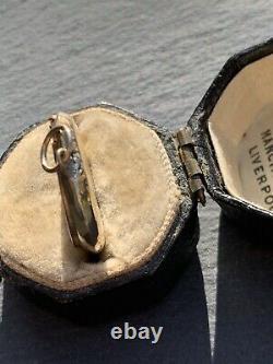 Antique Black Enamel Horseshoe Locket Or Jaune