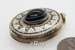 Antique Victorian English 9k Or B & F Noir Et Blanc Émail Banded Agate Médaillon
