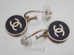 Auth Chanel CC Logo Boucles D'oreilles Pierce Or/noir Métal/émail E49229a