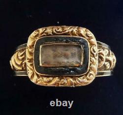 Belle Bague Commémorative En Émail Noir Georgien Or 18ct Vers 1804 Taille S