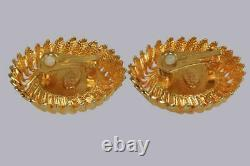 Boucles D'oreilles Chanel CC Huge 1.5 4cm Gold Tone & Black Enamel Vintage 1980's Clip On