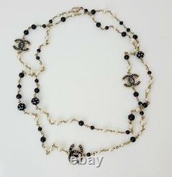 Chanel Pearl Black Enamel CC Logo Gold Tone Lien Long Collier Avec Boîte