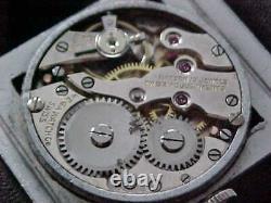 Fantastique Art Déco Bleu Enamel Lunette Piping Rock Style Vintage 1930s Wristwatch