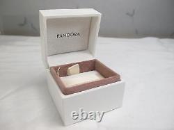 Nouveauté Avec Boîte À Charnières Pandora 14k Or Royal Victorien Avec Anneau En Émanel Noir 150173fr16