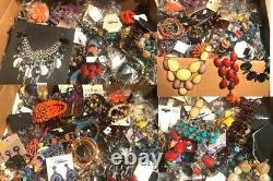 Pounds Of Costume Joaillerie Nom Du Lot Marques Boutique Vente En Gros Revendeur
