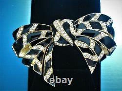 Sensational Ciner Black Enamel Clear Swarovski Crystals Gold Tone Bow Broche Cf9