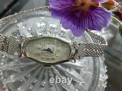 Vintage Antique Ladies Art Deco Noir Enamel Times Montre Mesh Bracelet Band